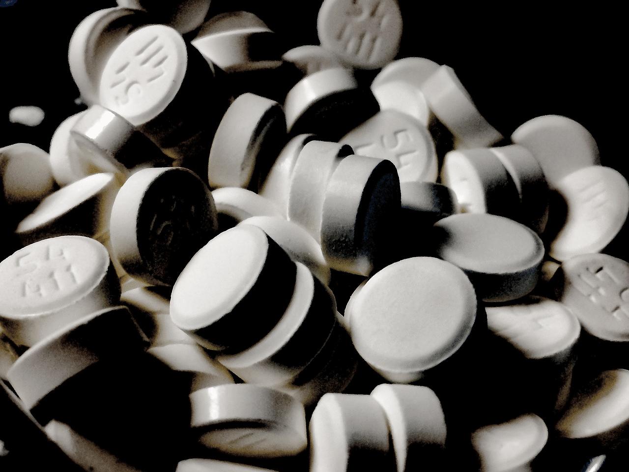 Bele tablete diazepama.